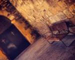 Eserleku hutsak, kanpoan eta barruan – Instagram