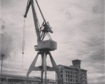 Ahate metalikoa #itsasadarra #garabia #burdina #grúa #ría #hierro – Instagram