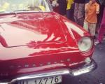 Naranja pidiendo rojo #auto #caravelle #barakaldokojaiak #coche #car #antiguo – Instagram