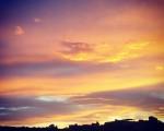 Amanece que no es poco #amanecer #otoño #cielo #nubes #sol – Instagram