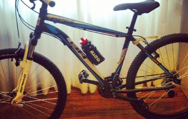 Gaur etorri naiz nere opariaren bila. Primerako #Olentzeroa aurtengoa! #elTruenoAzul #bike #bici #bizikleta – Instagram