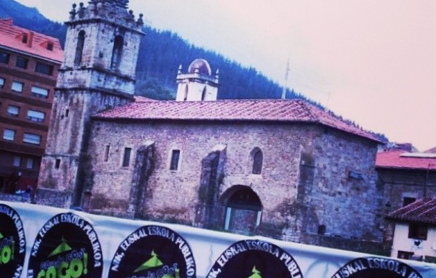 Aurrera Euskal Eskola Publikoa #GorantzGoaz #GoGo #Balmaseda #Gurea #EuskalEskolaPublikoa #Euskara #Herria #Publikoa #nortasuna #aniztasuna #EreduPropioa – Instagram