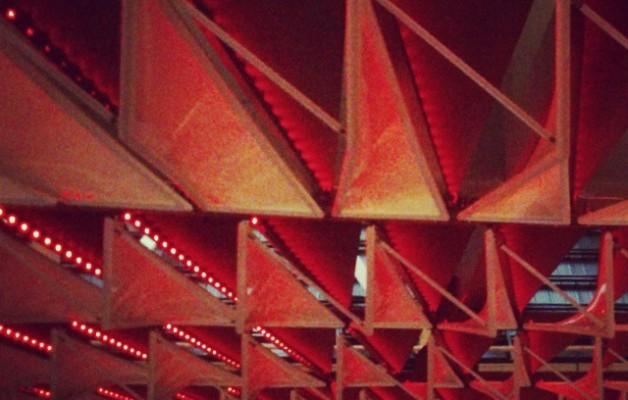 Forma gorriak #SanMamesBerria #AthleticClub #Athletic #Athletik #Bilbo #Bilbao #zurigorri #gaua #noche #night #luces #argiak #rojiblanco #lights #redwhite #estadio #arquitecture #arkitektura #architecture #arquitectura #formas #urban #urbana #triángulos – Instagram