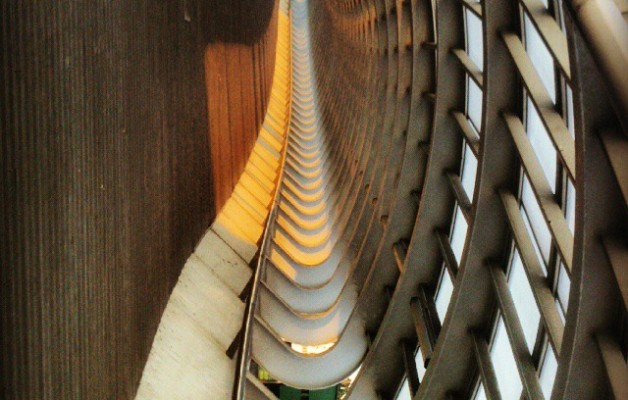 Orno metalikoak #bizkarrezurra #hegoak #alas #zubia #Barakaldo #Sestao #Kaiku #puente #luz #atardecer #estructura #metal #arkitektura #arquitecture #urban #arquitectura #urbana – Instagram