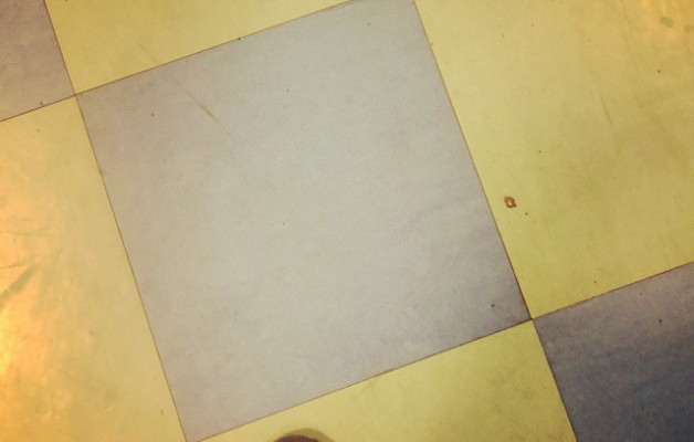 "Sigue ""tu"" #camino de #baldosasamarillas #MagodeOz #zapatos – Instagram"