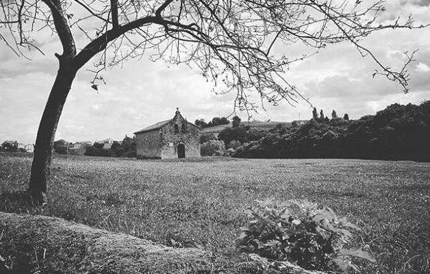 #Ermita #perdidadelamanodedios#Lamadrid #Cantabria #zuribeltza #blacknwhite #blancoynegro – Instagram
