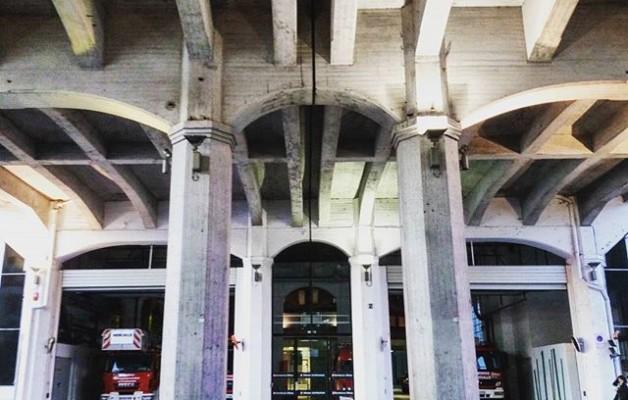 #Bomberos dígame? #bilbokosuhiltzaileak #simetrias #Arquitectura #geometrias @igerseuskadi @igersbilbao #Bilbo #Bilbao – Instagram
