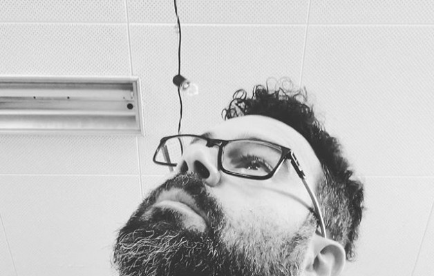 #selfie #contrapicado #look #gafas #barba #flequillo #blacknwhite #blancoynegro – Instagram