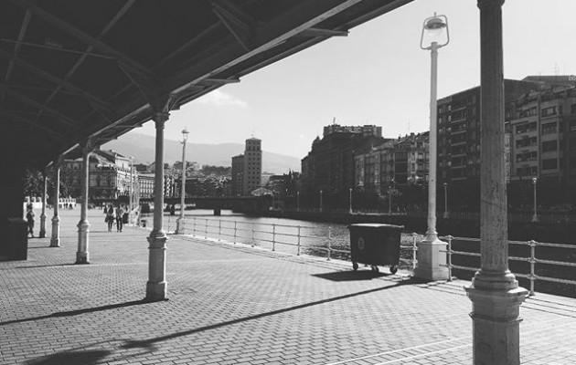 #itsasadarra #bilbo #arenal #itzalak #arratsekoargiak @igersbilbao @igerseuskadi @igerrak @instagrames – Instagram