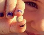 #itsasoa k bueltaturiko #irria #sonrisas que te devuelve la #mar #piedraencontrada #buscadoresdetesoros #piedrapreciosa #altxorbilatzaileak #harriirribarretsu #caritahappy #poztasuna #alaitasuna #bizitza #umeak #uneak #momentos #hondartza #playa @igers @igerseuskadi @instagrames @barakaigers @barakaldoeuskaraz @igerrak – Instagram